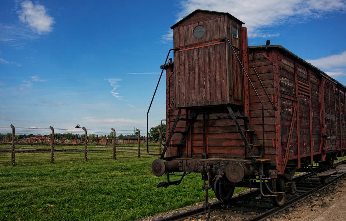 final destination - - - foto door rakus op 29-07-2015 - deze foto bevat: trein, eindstation, sony nex