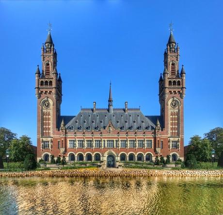 Vredespaleis Den Haag maar dan anders