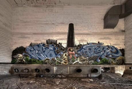 graffiti verlaten fabrieksgebouw Duitsland