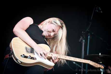 Joanne Shaw Taylor @ Roots in The Park 2015