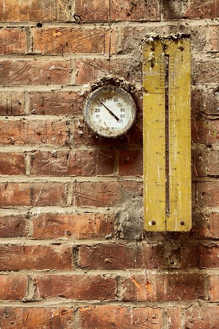 Steenfabriek N. 10 - Op 11-5-2010 hebben Jos,Peter en ik een bezoek aan deze oude steenfabriek  Het is een hdr foto.  Kijk ook eens op mijn website: [url]http://lost- - foto door Jascha_400D op 27-02-2011 - deze foto bevat: oud, time, in, vergeten, urban, lost, belgie, n, verlaten, vervallen, hdr, urbex, steenfabriek, tonemapping, decay, hoste, jascha, ue