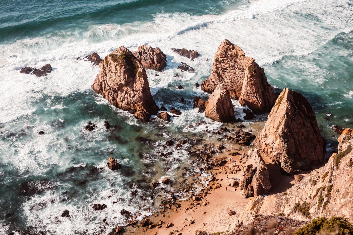 Praia da Ursa - - - foto door gerbensteyaert op 03-03-2021 - deze foto bevat: zon, strand, zee, water, natuur, vakantie, reizen, landschap, zomer, toerisme, reisfotografie