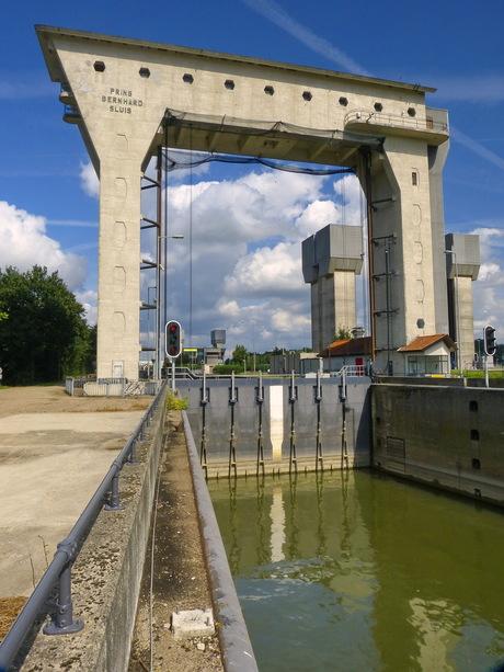 Amsterdsm Rijnkanaal en omgeving 461.