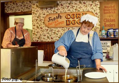 mensen 13 - Dutch Funnel Cake