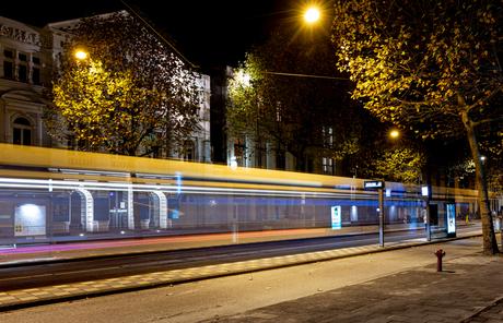 Tram bij de Hollandsche Schouwburg