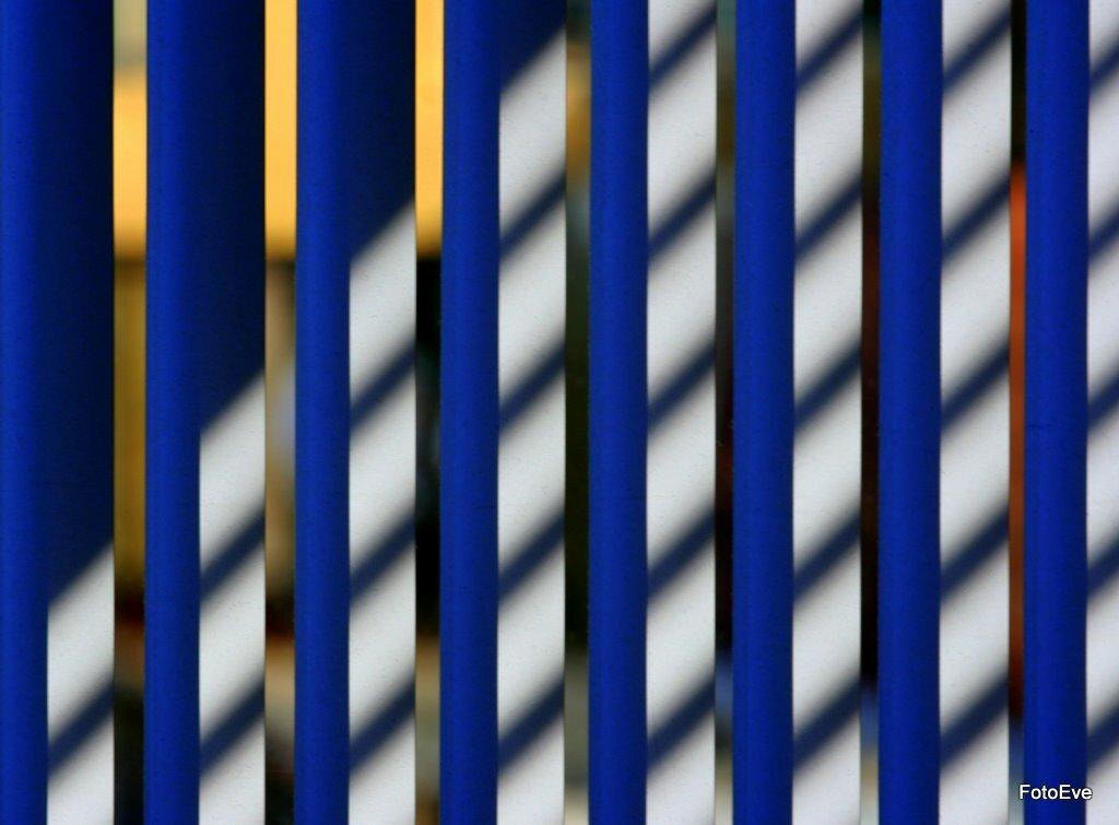 Eenvoud 3 - nr. 3 - foto door aafkeve op 10-04-2010 - deze foto bevat: luxaflex