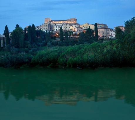 Toscane Lari