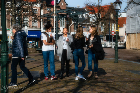 Being together is laughing together in freedom - - - foto door artmen op 26-02-2021