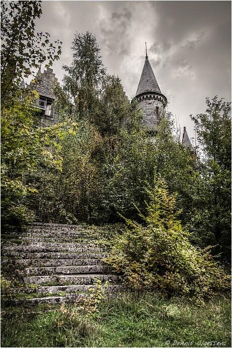 chateau-de-miranda-6069_70_71_tonemapped.jpg