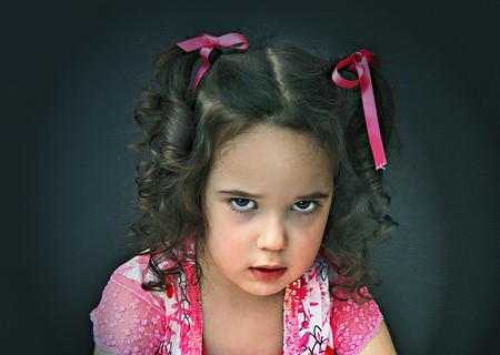 Bad Mood... - bewerking - foto door lotuss op 30-03-2011 - deze foto bevat: portret, kind, meisje, bewerking