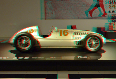 Louwman Automuseum 3D - Louwman Automuseum 3D - foto door hoppenbrouwers op 02-04-2020 - deze foto bevat: 3d, mercedes, anaglyph, stereo, automuseum, louwman, car red/cyan