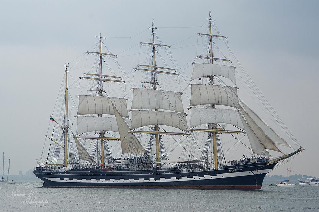 De Kruzenstern - Vandaag de Vlootschouw bij Sail de ruyter in Vlissingen..dit is de Kruzenstern.114 meter lang. - foto door Sizzle op 24-08-2013 - deze foto bevat: vlissingen, schepen, Tall Ship, de kruzenstern, Sail de ruyter.