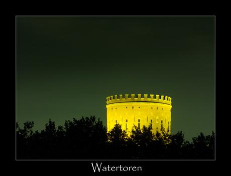 -- Watertoren at night --