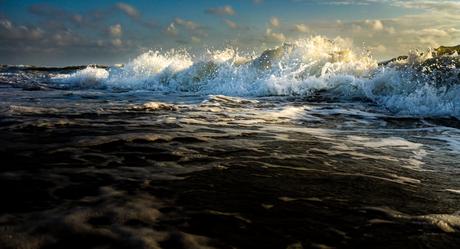 Egmond aan zee, woeste zee