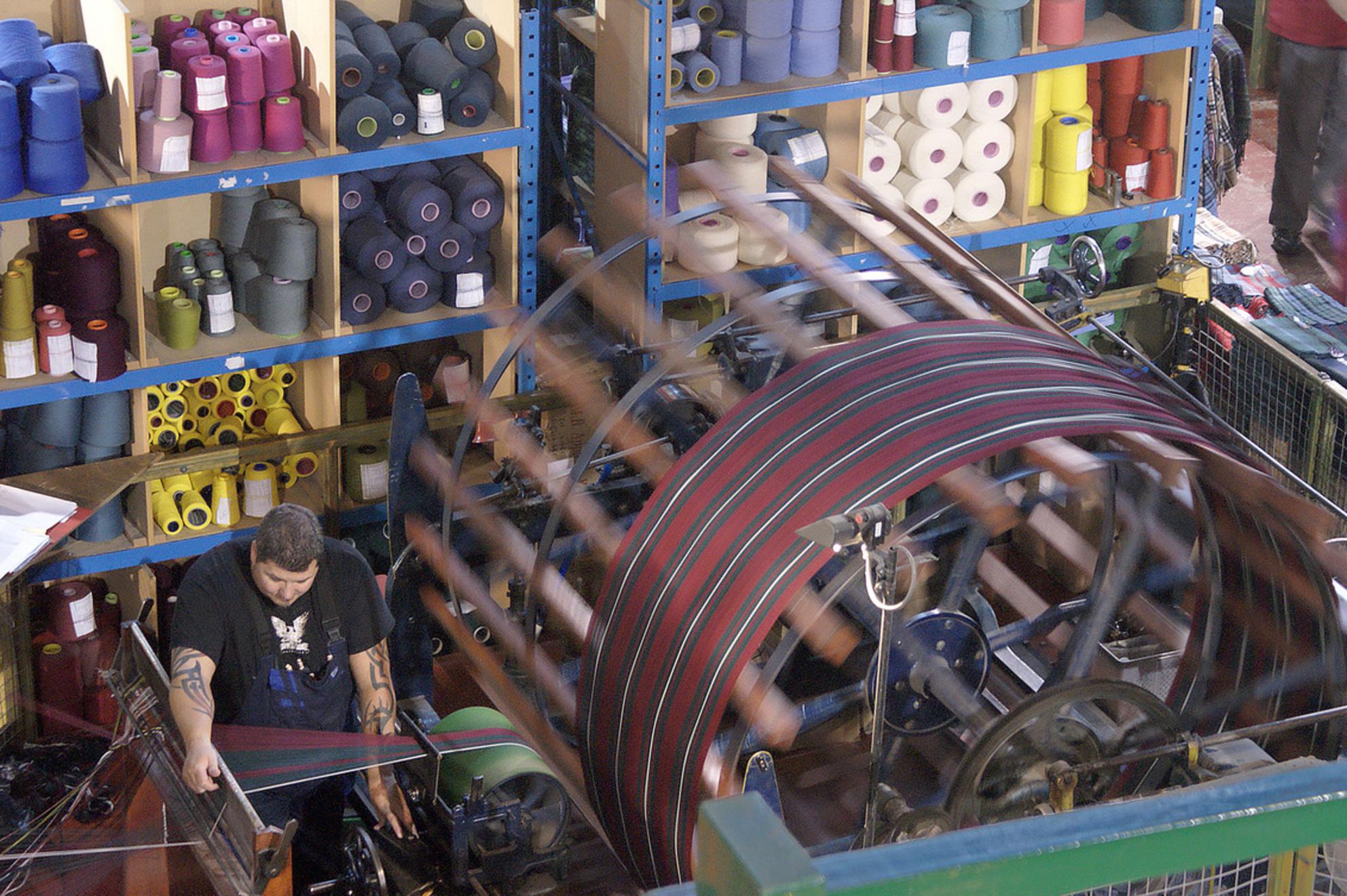 Weverij van Schotse patronen - Weverij waar stof wordt vervaardigd in Schotse patronen. Onder meer voor kilts. - foto door vugtvak op 18-02-2021 - deze foto bevat: reizen, cultuur, reisfotografie, europa