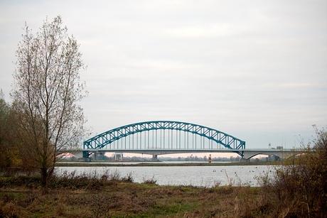 De oude IJsselbrug