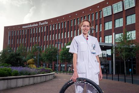 Atleet en dokter tijdens de COVID-19 pandemie