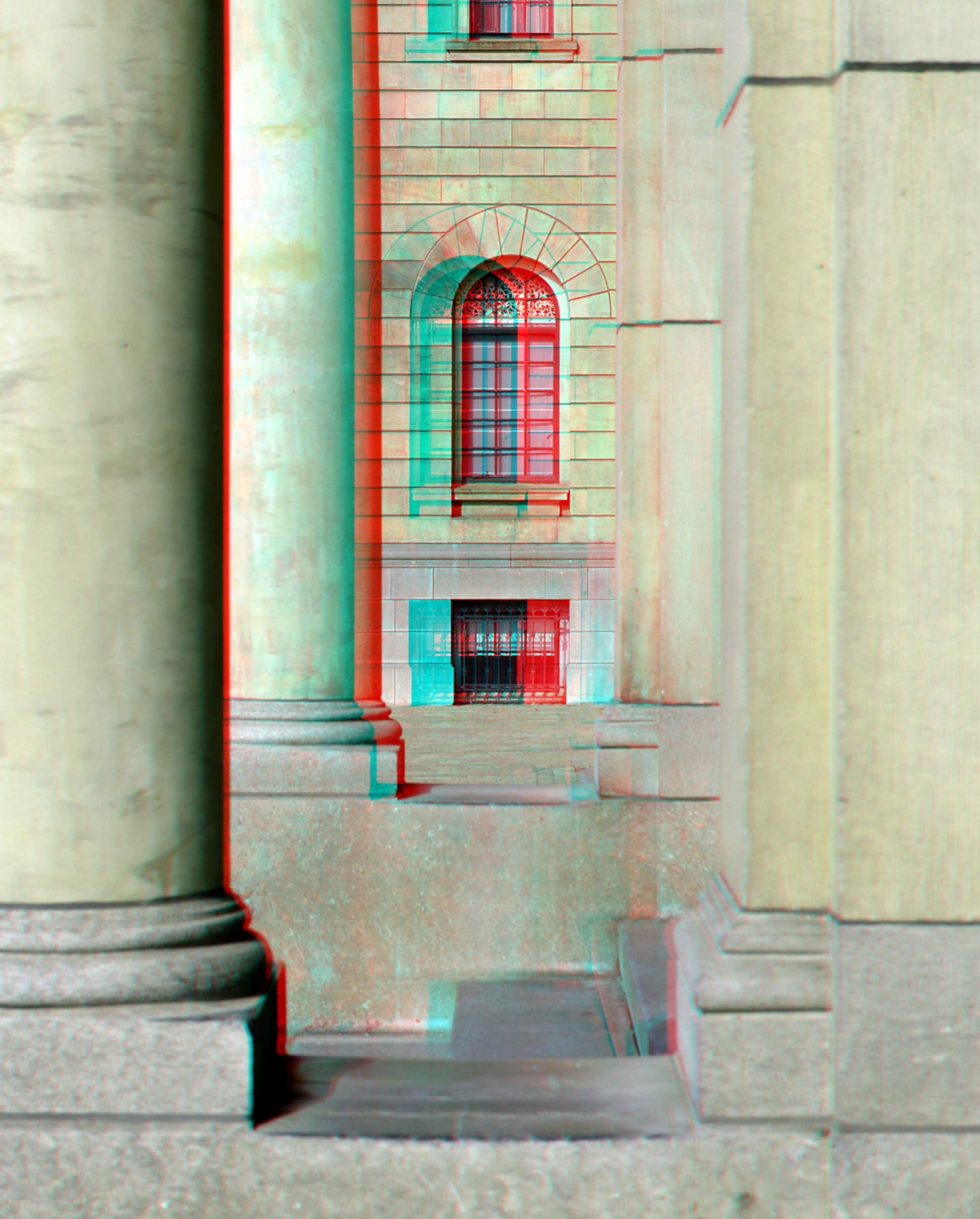 Stadhuis Coolsingel Rotterdam 3D anaglyph - Stadhuis Coolsingel Rotterdam 3D anaglyph anaglyph stereo red/cyan D7000 18-200 cha-cha - foto door hoppenbrouwers op 04-03-2021 - deze foto bevat: rotterdam, 3d, stadhuis, anaglyph, coolsingel, stadhuis rotterdam 3d