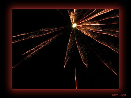 Slingers 2 . - - - foto door Ann_zoom op 25-01-2007 - deze foto bevat: nacht, , fotografie, vuurwerk, feest