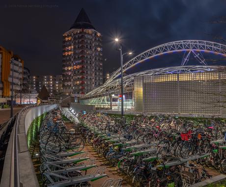 fietsenstalling station Blaak