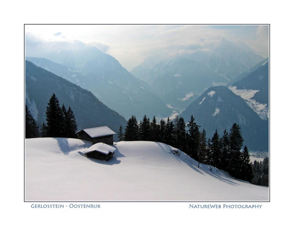 stilte ... - stttt, nog een landschap wat je op je wandelingen in de bergen regelmatig tegen kan komen. Ook weer Zillertal. - foto door keeseos op 14-01-2009 - deze foto bevat: sneeuw, oostenrijk, stilte, winterlandschap, zillertal, berglandschap, berghut, keeseos, gerlosstein