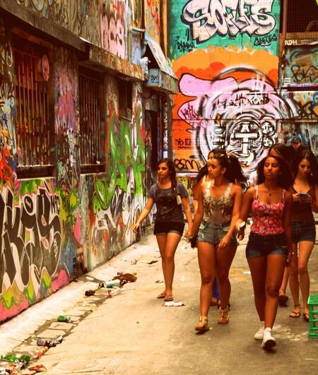 girlpower - straatbeeld uit Melbourne. - foto door fabertjuhh op 30-03-2013 - deze foto bevat: grafiti, melbourne, girlpower