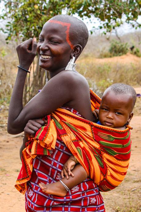 Masai moeder met kind