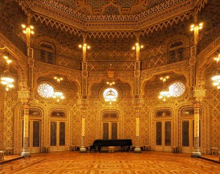 Palacio da Bolsa - Echt een aanrader voor bezoekers aan Oporto, het 'Palacio da Bolsa'. Ik heb het eerst bezocht meer dan viertig jaar geleden en was toen al onder de i - foto door Lilian2010 op 09-02-2021 - deze foto bevat: architectuur, portugal, oporto, gouden zaal, palacio da bolsa