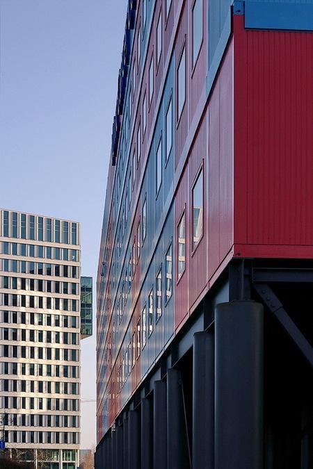 Zuidas Amsterdam. - ****.  19 januari Groetjes Bob. - foto door oudmaijer op 24-05-2020 - deze foto bevat: amsterdam, licht, lijnen, architectuur, reflectie, gebouw, stad, zuidas