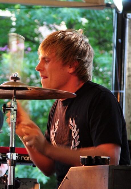 Di-rect drummer