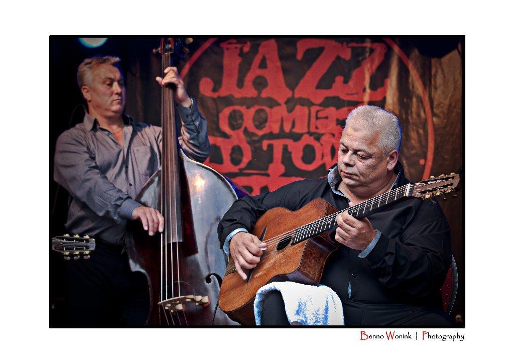 The Rosenberg Trio - Afgelopen zomer waren de heren van  The rosenberg trio in Epe bij Jazz Comes to Town. - foto door BennoW op 07-09-2010 - deze foto bevat: jazz, the, epe, rosenberg, trio, to, town, comes