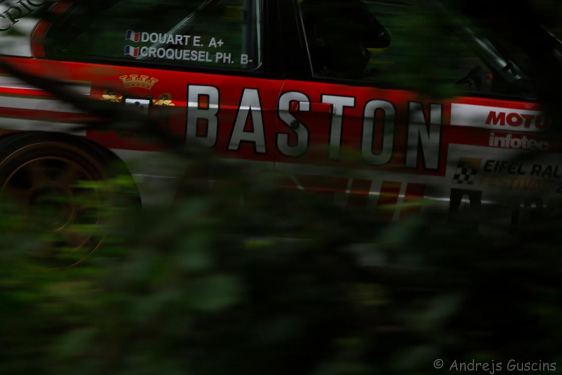 Baston - M3 in Eifel Forest.   Eifel Rallye Festival 2016 - foto door GAfotografie op 16-10-2016 - deze foto bevat: panning, race, sport, natuur, auto, canon, actie, bmw, motor, snelheid, beweging, rally, autosport, sluitertijd, wedstrijd, motorsport, m3, green, teamcanon