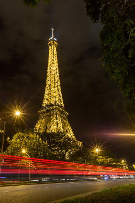 Paris by night (Eiffel tower)