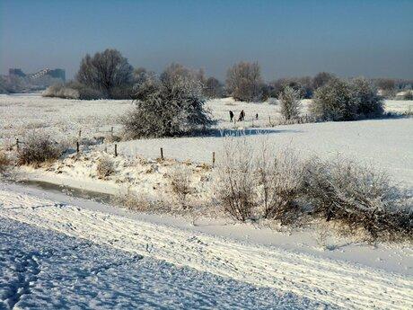 Oud Empel in de sneeuw