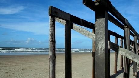pijlers strandtent