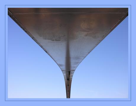 onder de brug...