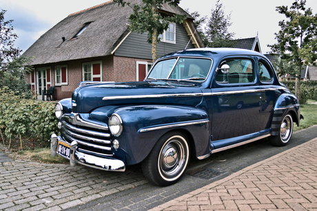 Ford DeLuxe Coupé 1947 (3621)