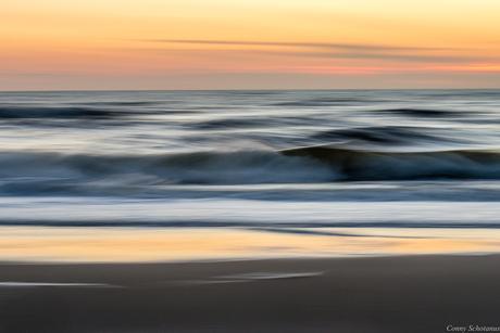 Noordzee tijdens de schemering