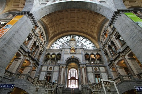 Station Antwerpen, binnen