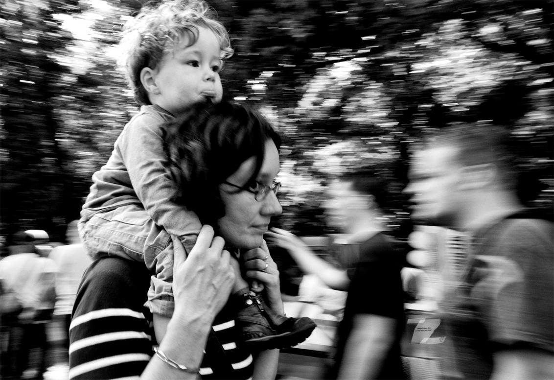 Walk by shooting 2 - Werfpop 2011 - foto door yurivangeenen op 21-07-2011 - deze foto bevat: portret, portretten, z/w, zwart wit, yuri van geenen, yurivangeenen