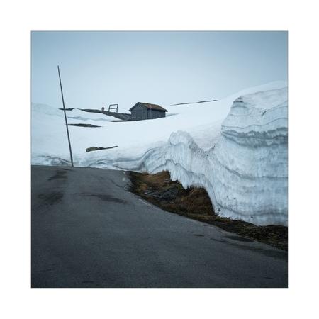 Road Through Snow - - - foto door Joshua181 op 21-10-2017 - deze foto bevat: sneeuw, winter, reizen, landschap, bergen, noorwegen