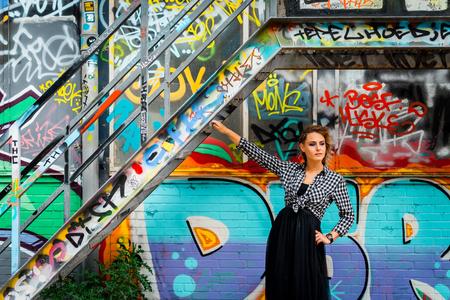Astrid III - Op Strijp-S in Eindhoven. - foto door Jheronimus op 22-06-2017 - deze foto bevat: vrouw, portret, model, daglicht, haar, eindhoven, meisje, glamour, fotoshoot, strijp-s