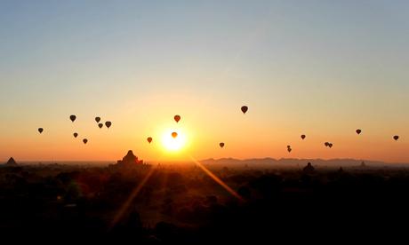 Sunrise at Bagan