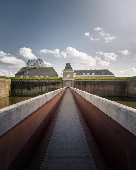 De citadel in Den Bosch - - - foto door made-by-bas-verhoeven op 29-03-2018 - deze foto bevat: landschap, fort, loopbrug, citadel, middeleeuws, den bosch, 's-Hertogenbosch