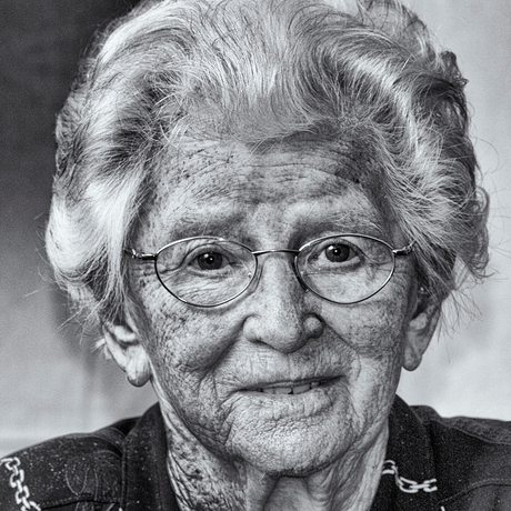 Oma Willy (98)