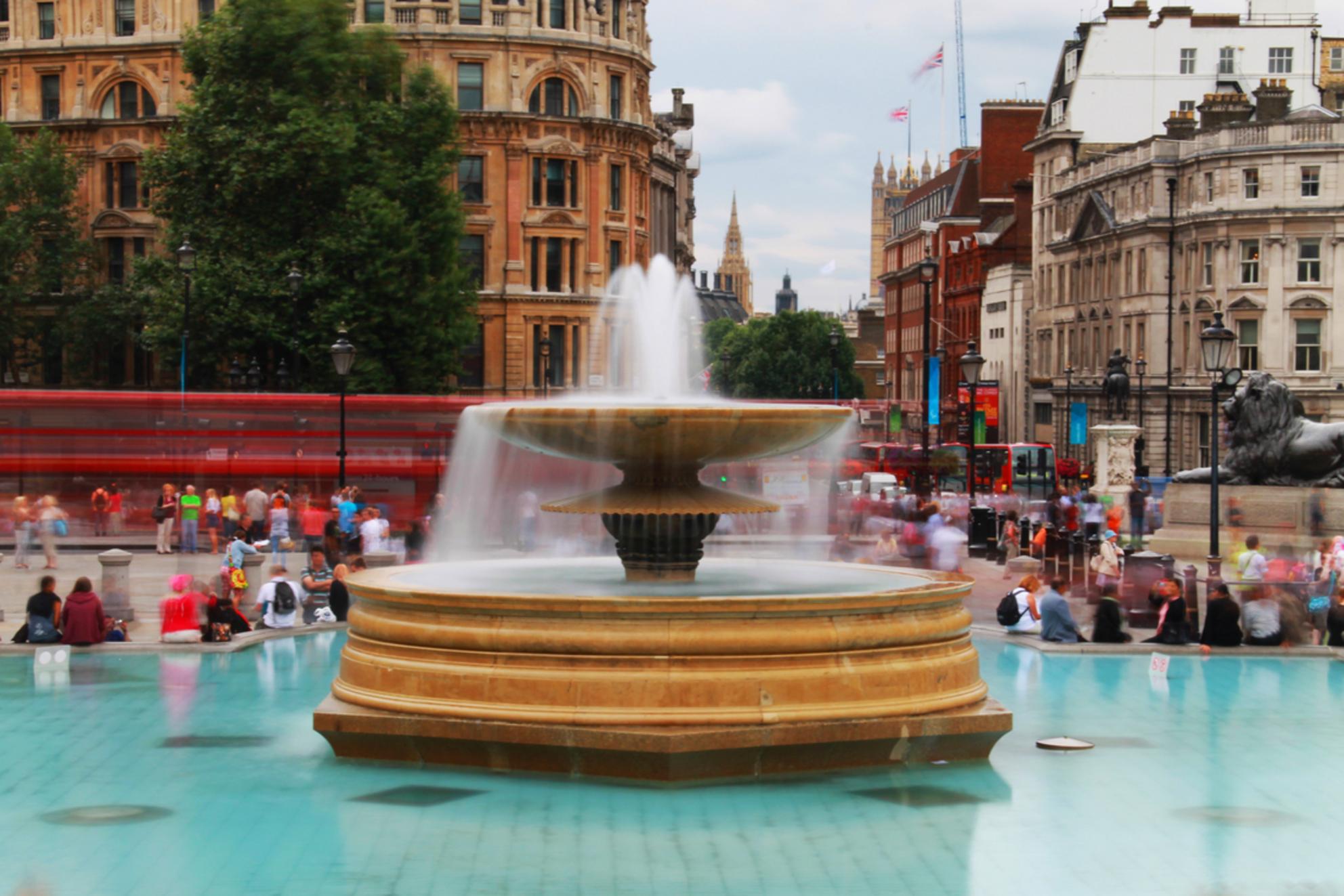 London - City that never sleeps! - London - City that never sleeps! - foto door SanderMonster-Photography op 10-10-2013 - deze foto bevat: londen, stad, city, sluitertijd, filter, architecture, uk, Never sleeps
