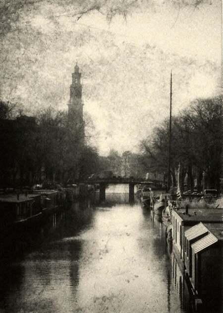 Amsterdam huilt (waar 't eens heeft gelachen ) - een lied van Rika Jansen, Zwarte Riek - foto door c.buitendijk53 op 05-03-2021 - deze foto bevat: oud, amsterdam, zwartwit, mijn wiege was een stijfsel kissie, zwarte riek, rika jansen