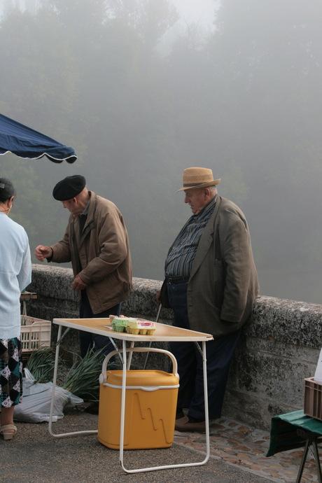 Markt vroeg in de ochtend