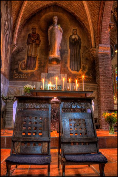 Lambertus kerk biechtstoeltjes