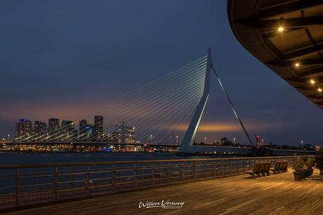Rotterdam in de avond,.............